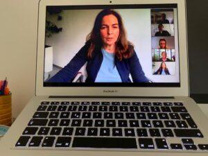 Bild 1: Svenja Hofert - direkter Blick in die Webkamera